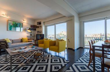 Acropolis view apartment