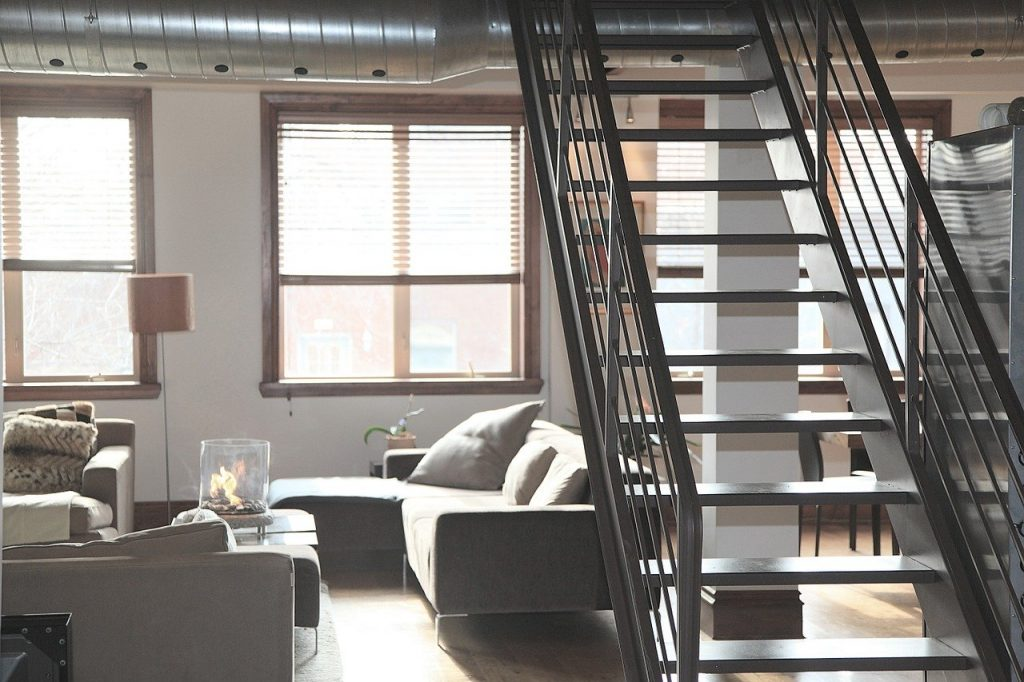 Airbnb ελέγχει σπίτια