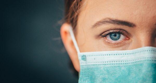 μάσκες προστασίας σε ατομική συσκευασία